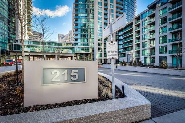 215 Fort York Blvd, Toronto