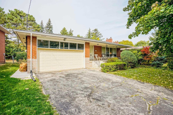 4 Restwell Cres, Toronto