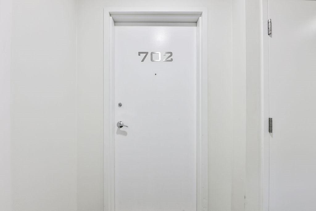 Listing C4993487 - Large Photo # 4