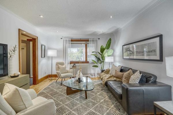 654 Millwood Rd, Toronto
