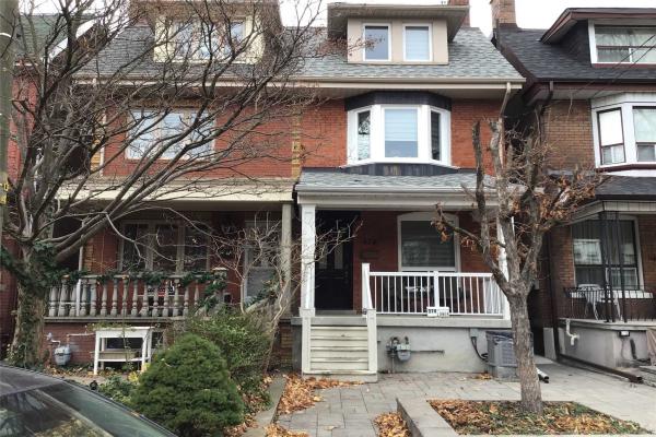374 Crawford St, Toronto
