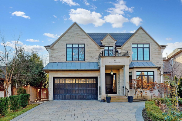 33 Cotswold Cres, Toronto