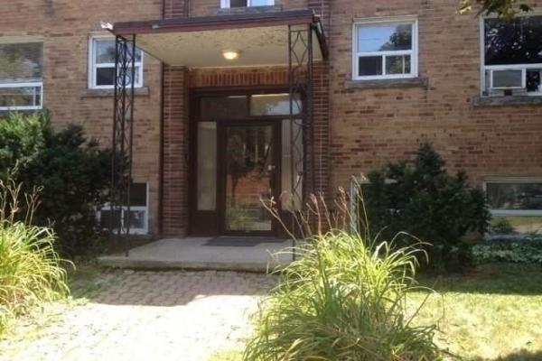 4089 Bathurst St, Toronto