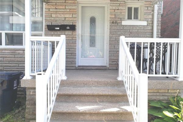 65 Lanark Ave, Toronto
