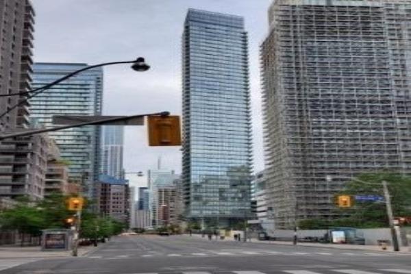 832 Bay St, Toronto