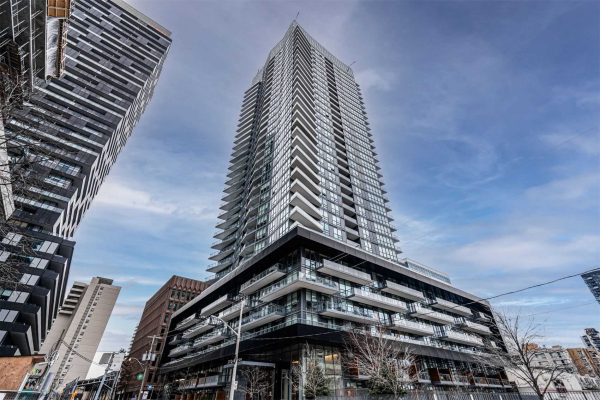 30 Roehampton Ave, Toronto