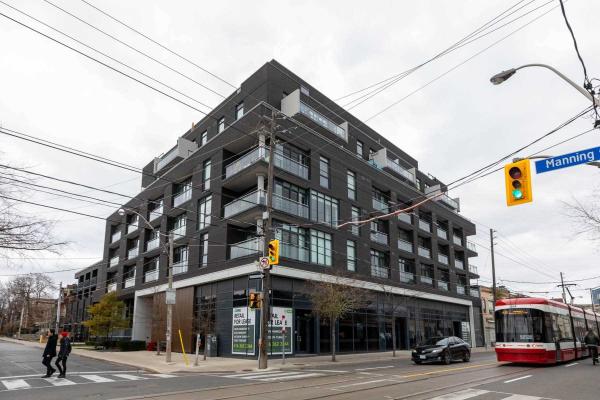 205 Manning St, Toronto