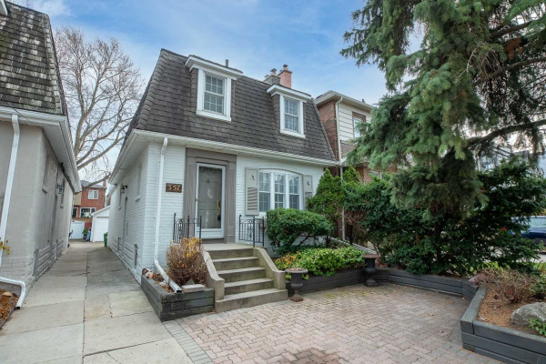 357 Old Orchard Grve, Toronto