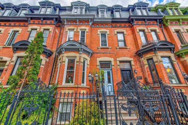 8 St Joseph St, Toronto