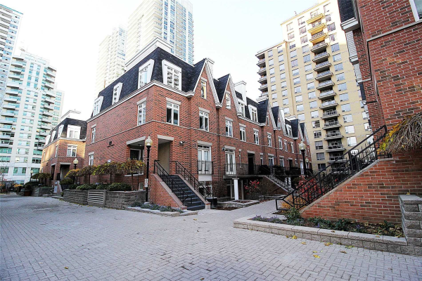 89 Lillian St, Toronto