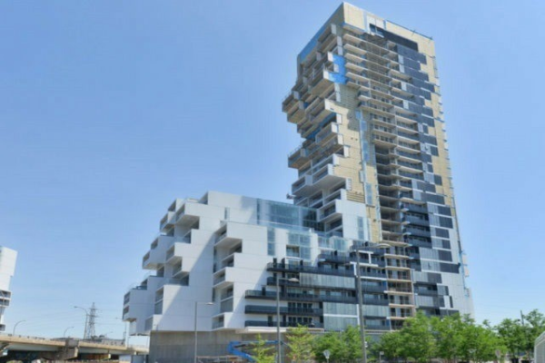 170 Bayview Ave, Toronto