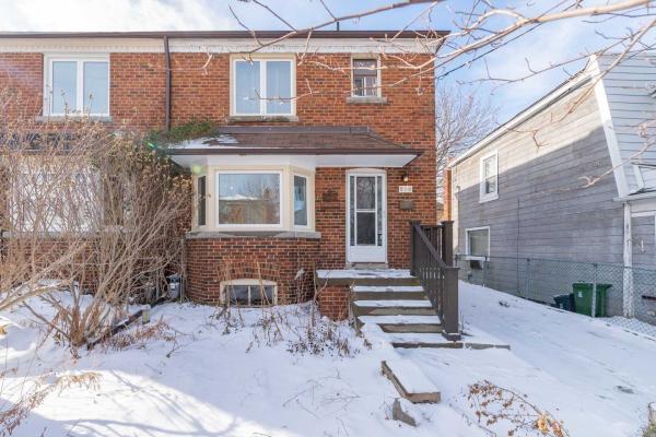 216 Winnett Ave, Toronto