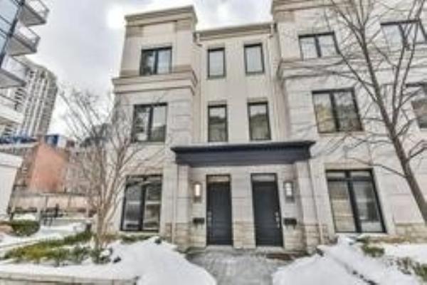 5 Oakburn Cres, Toronto