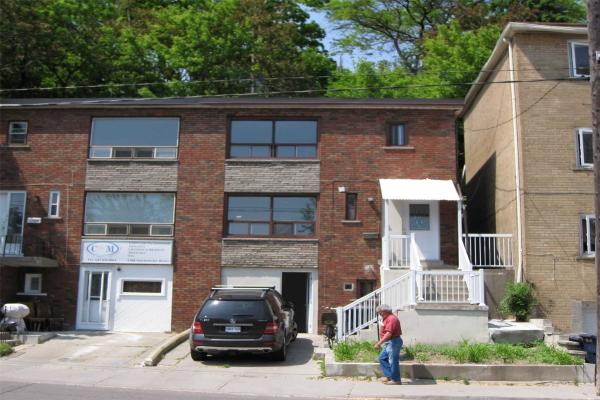 1286 Davenport Rd, Toronto
