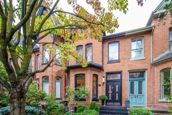 102 Seaton St, Toronto
