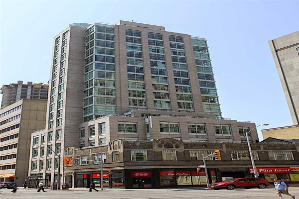 409 Bloor St E, Toronto