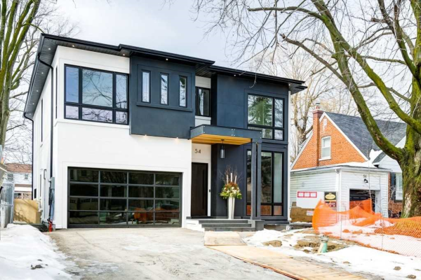 54 Corwin Cres, Toronto