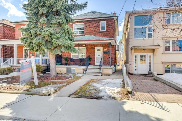 390 Glenholme Ave, Toronto