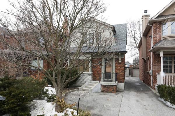 25 Whitewood Rd, Toronto
