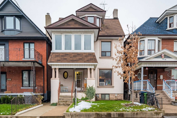 66 Beatrice St, Toronto