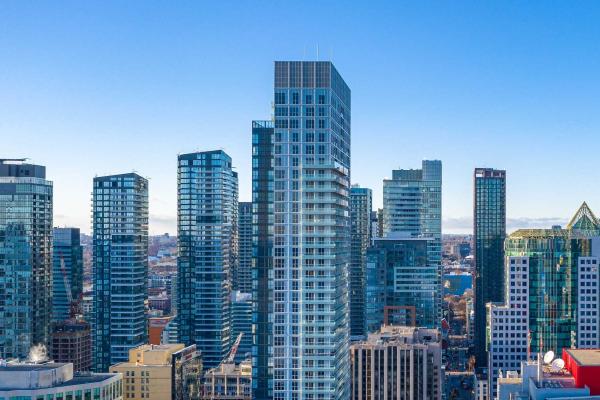 300 Front St W, Toronto