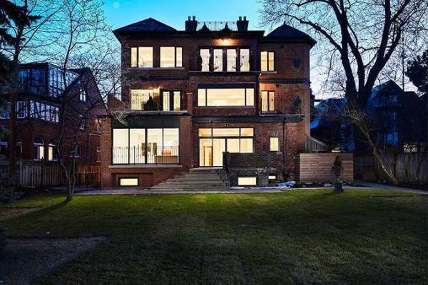 15 Scarth Rd, Toronto