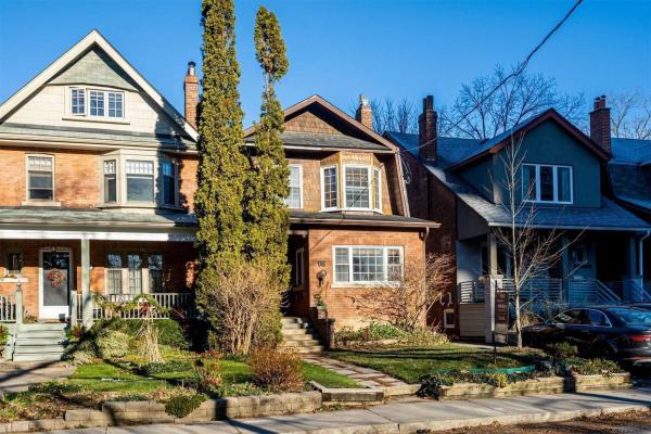 98 Roselawn Ave, Toronto