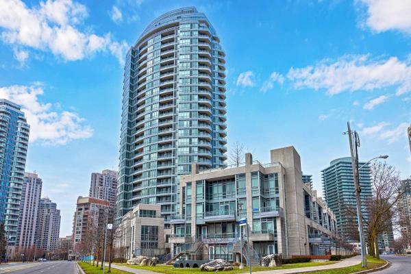 21 Olive Ave, Toronto