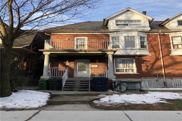 126 Concord Ave, Toronto