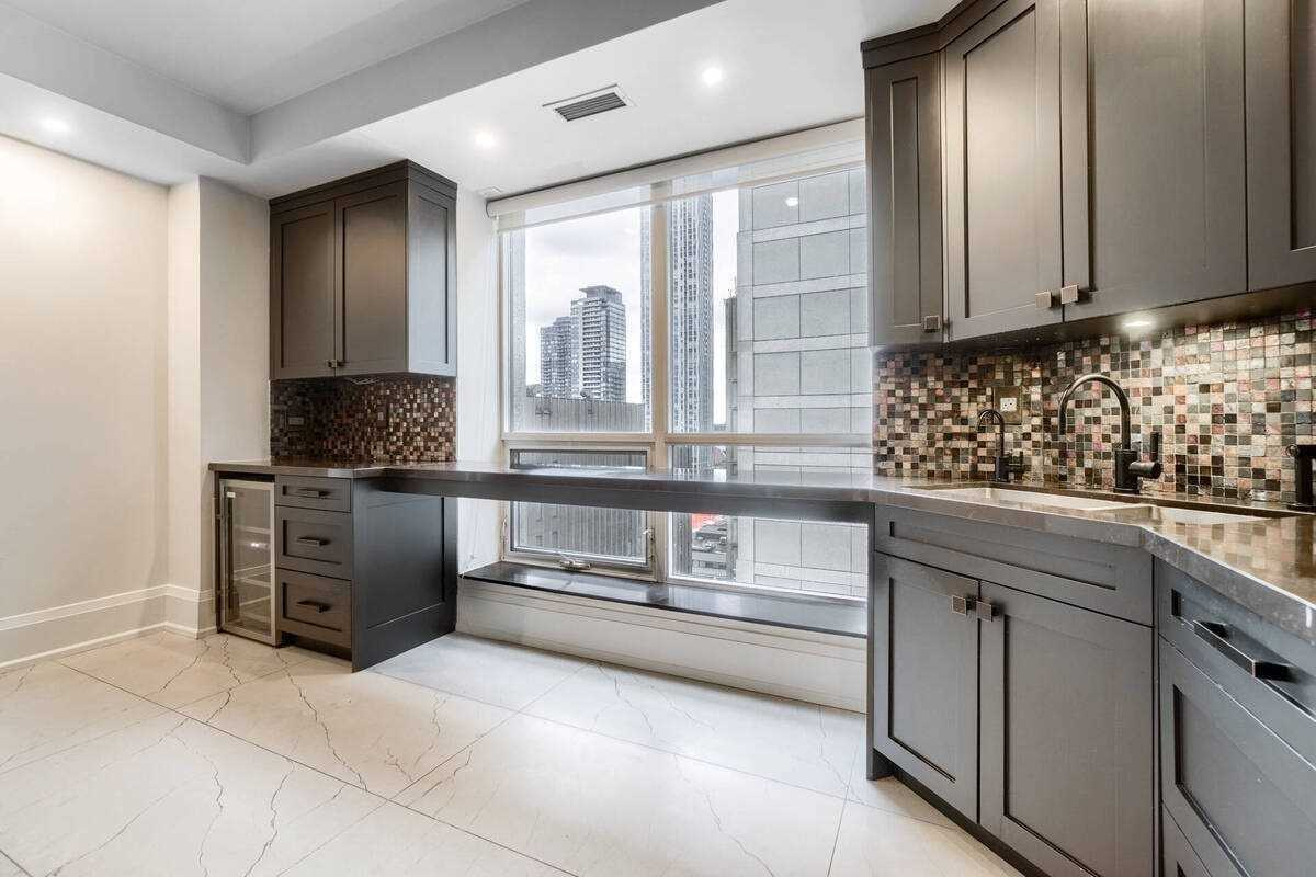 Listing C5173465 - Thumbmnail Photo # 14