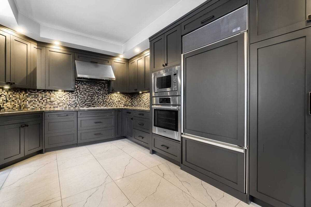 Listing C5173465 - Thumbmnail Photo # 13