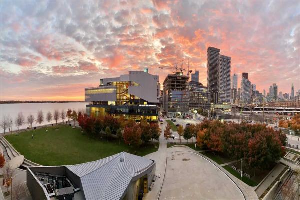 15 Merchants Wharf, Toronto