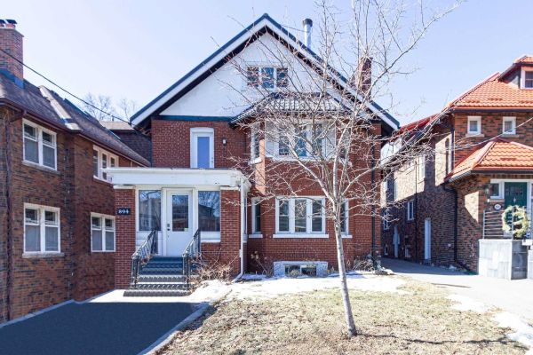 894 Avenue Rd, Toronto