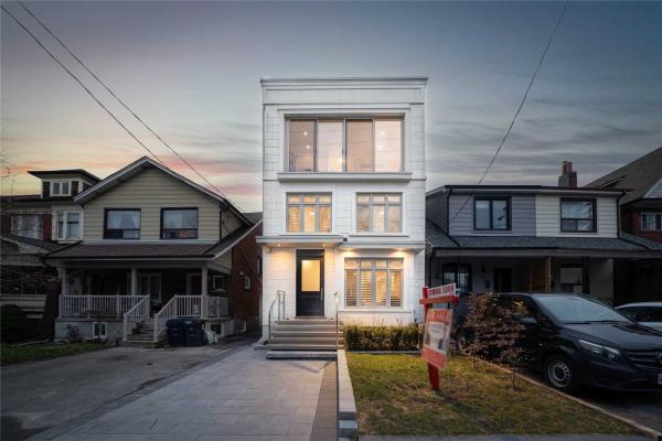 158 Northcliffe Blvd, Toronto