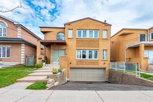 518 Glencairn Ave, Toronto