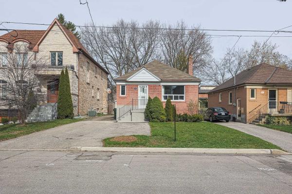 129 Estelle Ave, Toronto