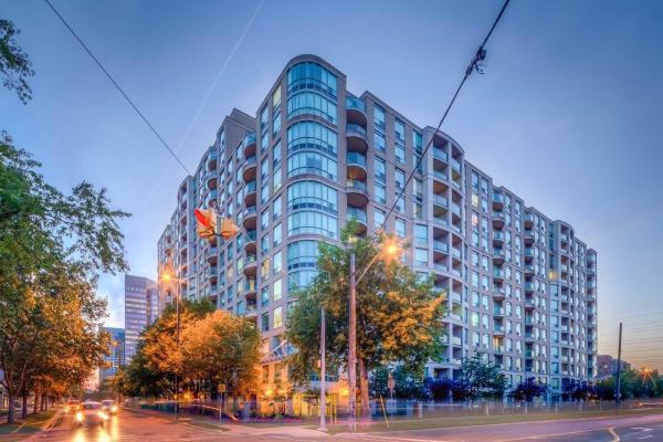 8 Pemberton Ave S, Toronto