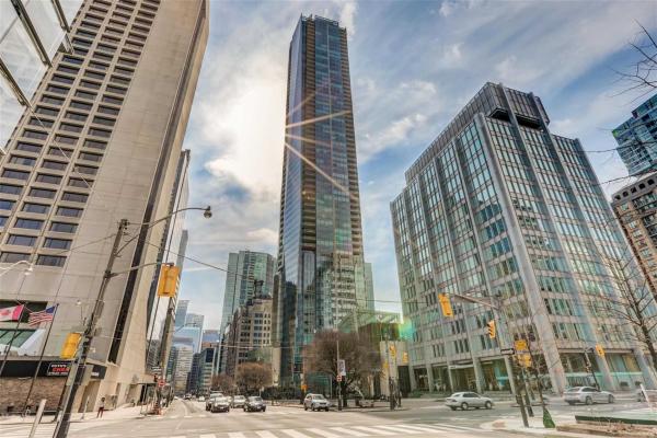 180 University Ave, Toronto