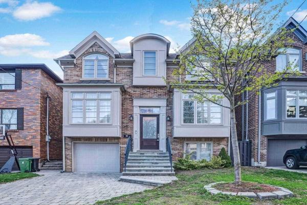 52 Walder Ave, Toronto
