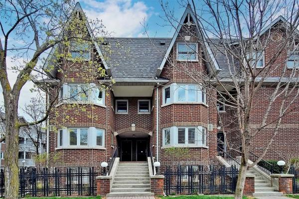 39D Crawford St, Toronto