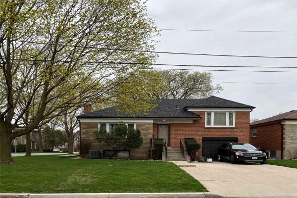 137 Bannockburn Ave, Toronto