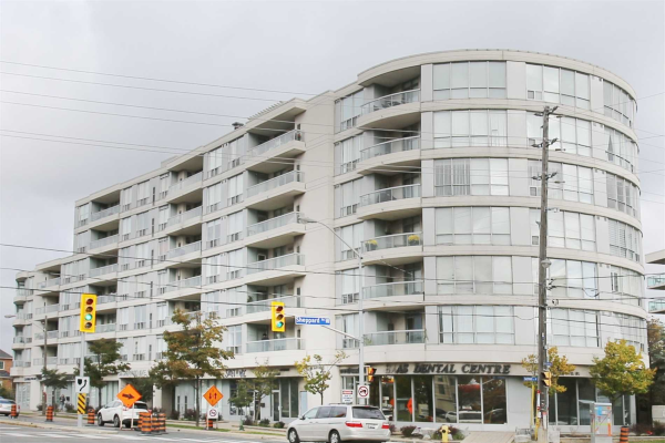 906 Sheppard Ave W, Toronto