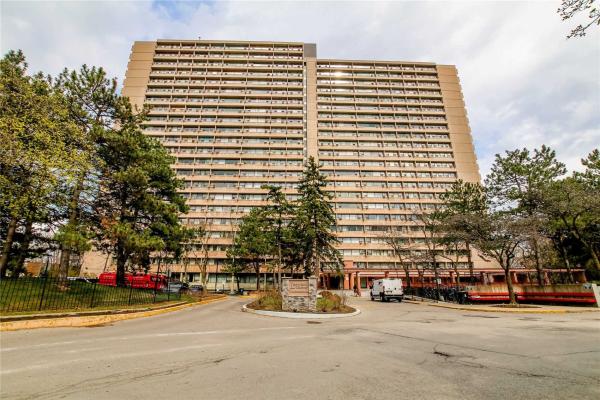 100 Leeward Glwy, Toronto