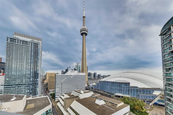 20 Blue Jays Way, Toronto
