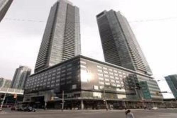 65 Bremner Blvd, Toronto