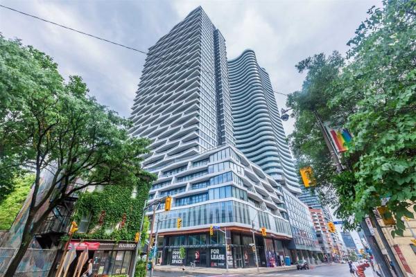 85 Wood St, Toronto
