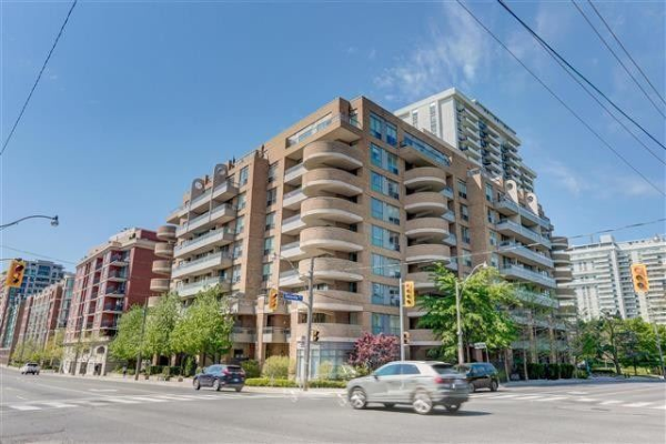 245 Davisville Ave, Toronto