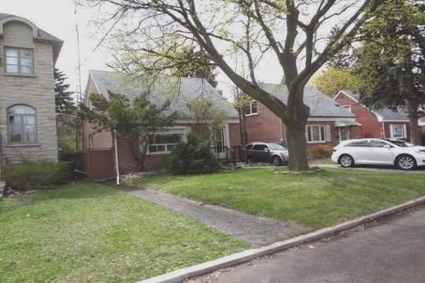 83 Charleswood Dr, Toronto