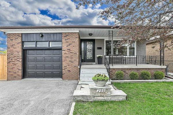 299 Waterloo Ave Ave, Toronto