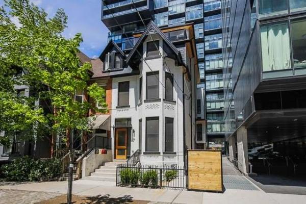 46 Stewart St, Toronto